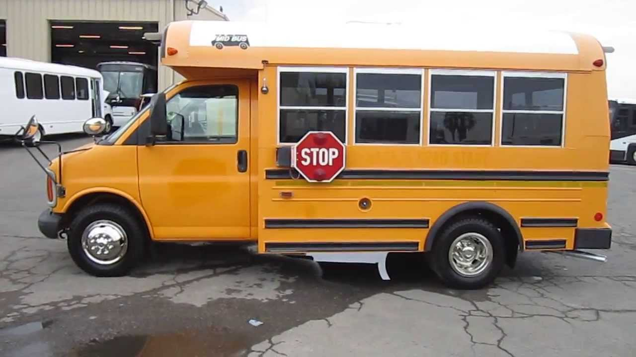 Mini School Buses Making The Life Of A Student Easy Nexgen Falcon